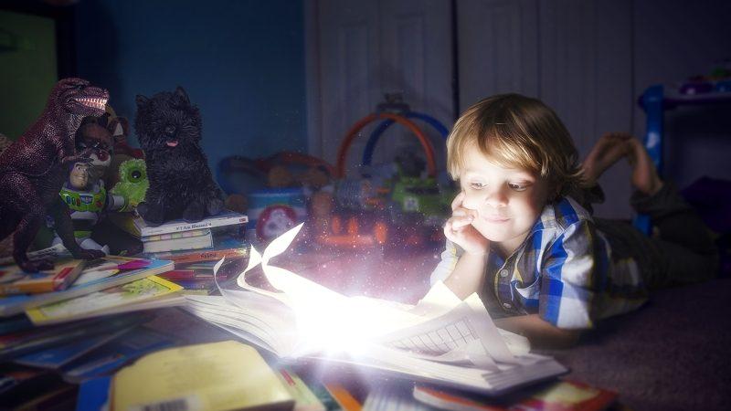 Как помочь ребенку развить воображение