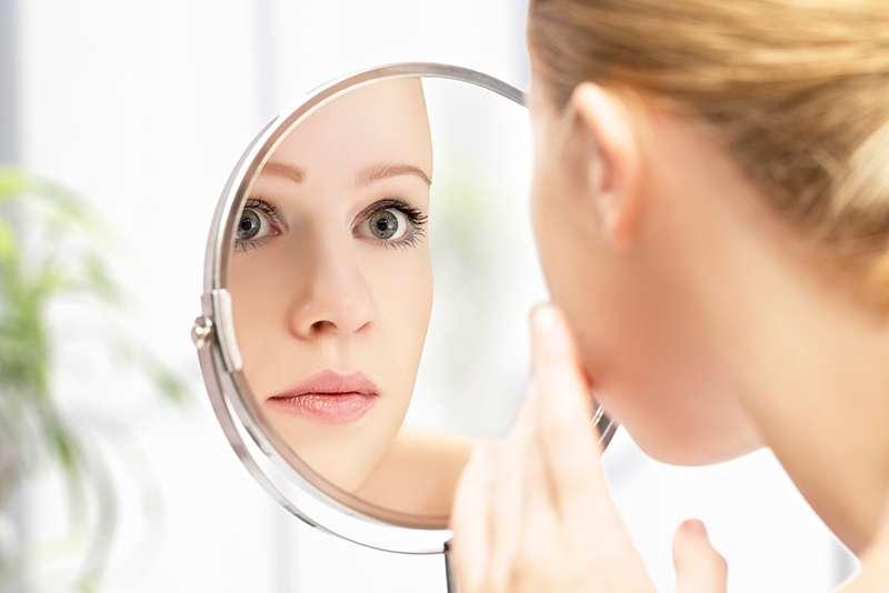 Уход и лечение проблемной кожи народными рецептами