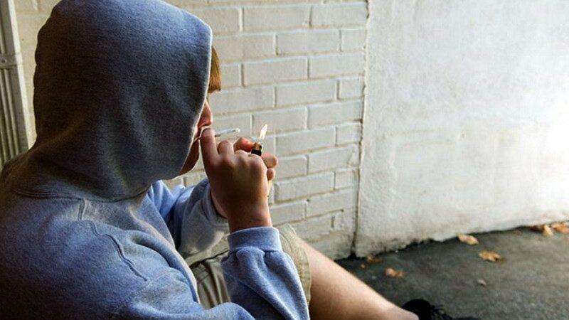 Зависимость подростков от психотропных препаратов