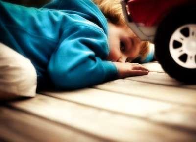 Признаки и симптомы аутизма